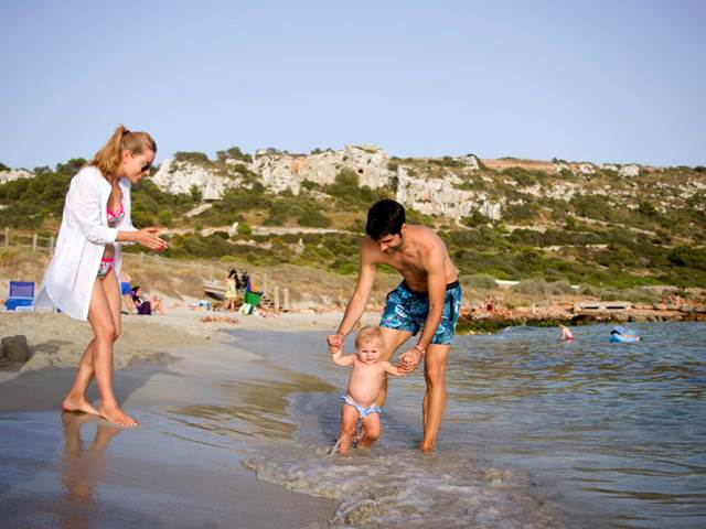 The best 5 beaches for families with children in Menorca