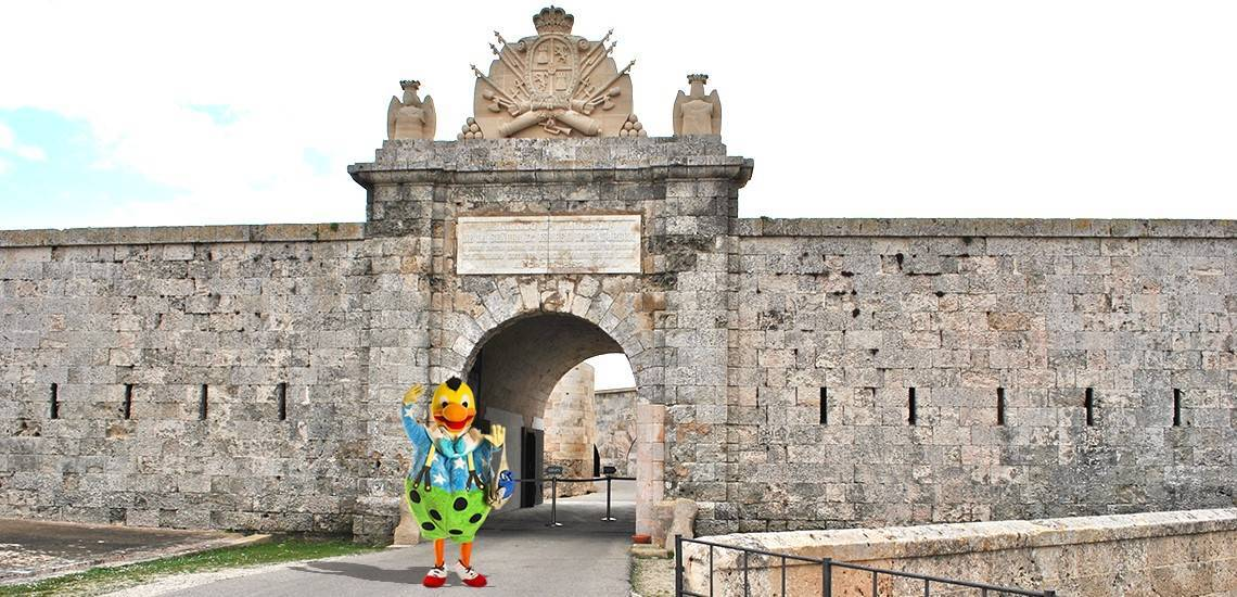 Have you heard about the adventures of Kiko in the Fortress of La Mola in Menorca?